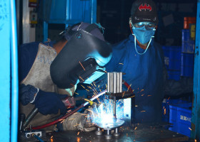 CO2 Welding Operation